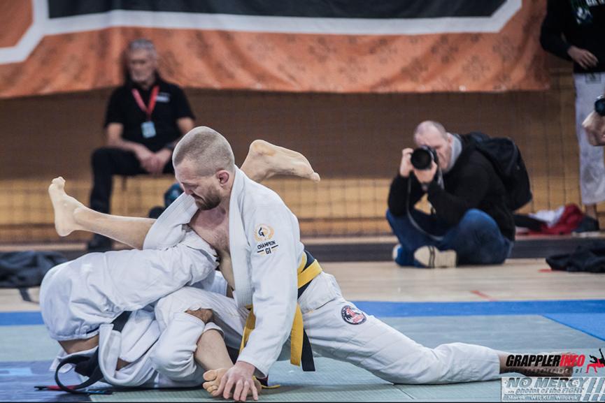 Słabe-mocne-strony-bjj-judo-zapasy-sambo