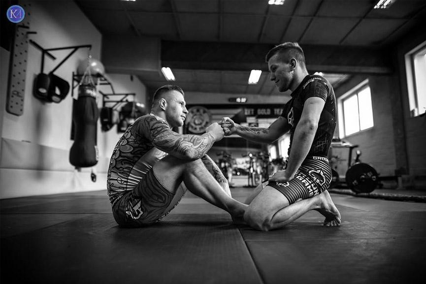 Treningi sportów walki sposobem na radzenie sobie ze stresem